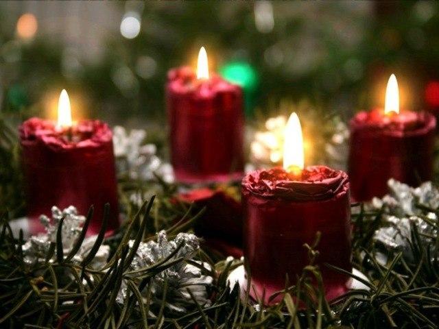 christmascandlelightss.jpg