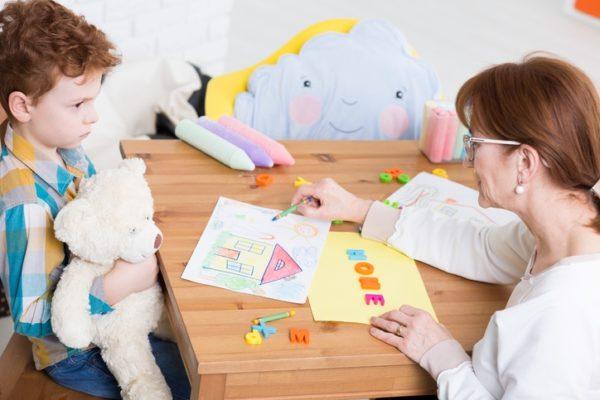 Psicologia infantil cuando llevar a mi hijo a terapia