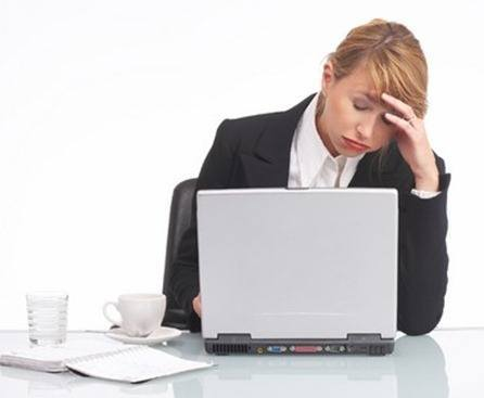 tired-woman-at-computer