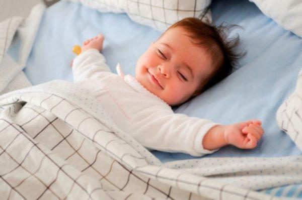 Dormir-bien-nos-hace-mas-bellos