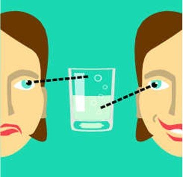 vaso medio lleno-o medio vacio